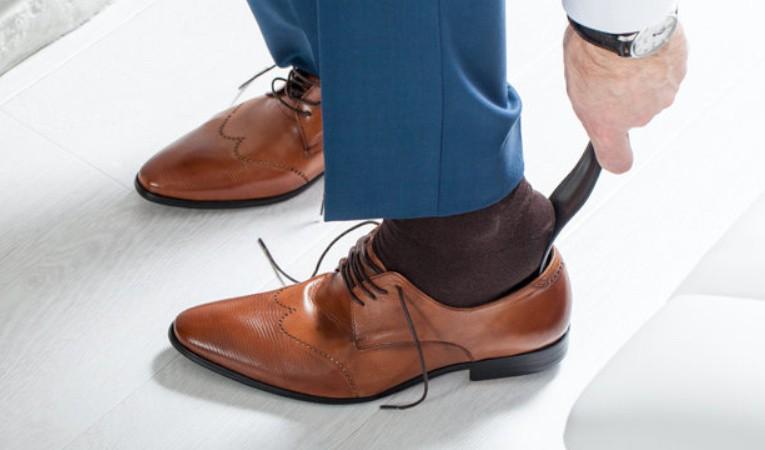 Рожок для обуви: незаменимый атрибут в каждом доме